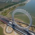 china-estrena-la-rueda-mas-grande-del-mundo-con-wifi-y-tv-en-sus-cabinas-552117